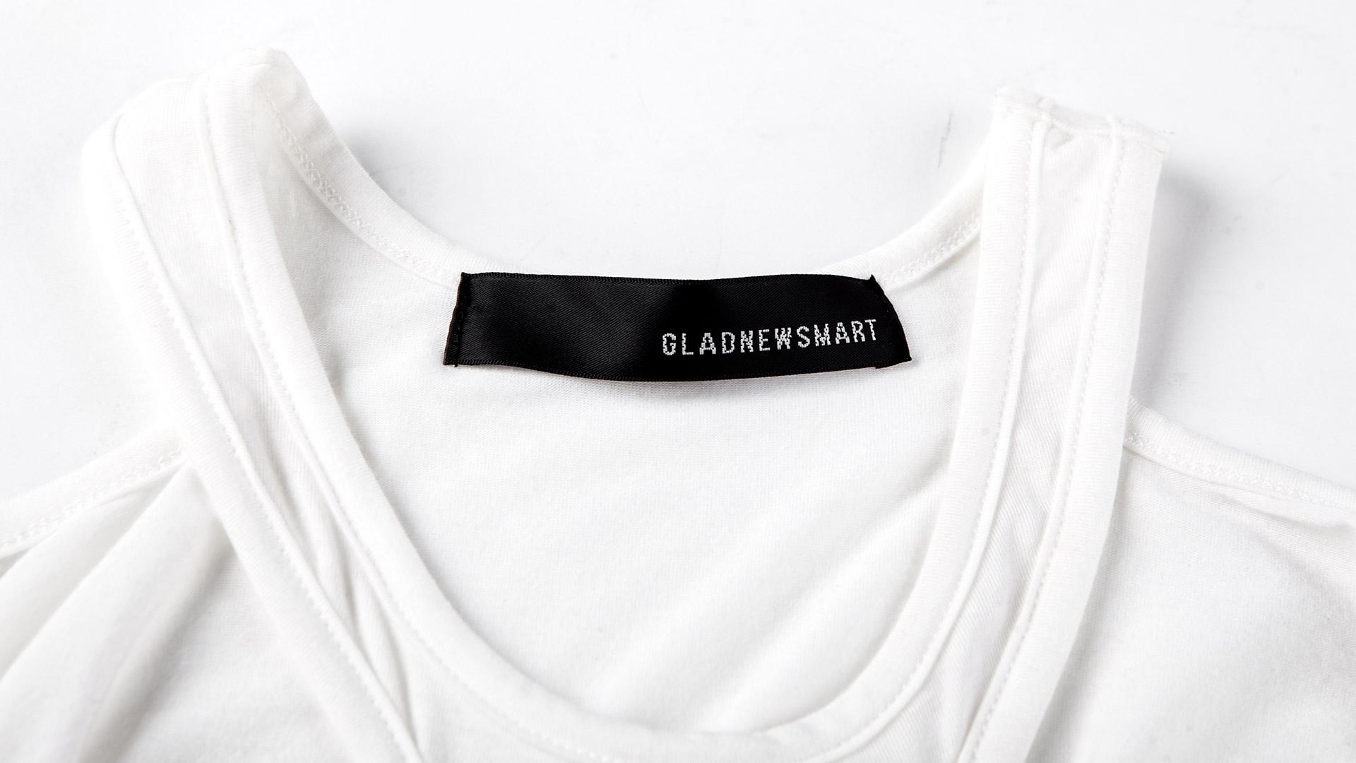 白色印字母骷髅头t恤